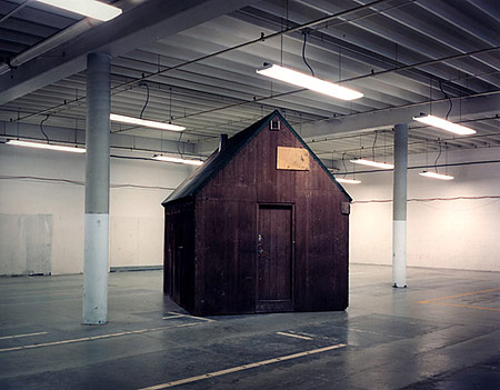 Richard Barnes: Unabomber Cabin (Sacramento) (1998)