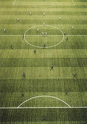 Andreas Gursky: EM Arena II (2000)