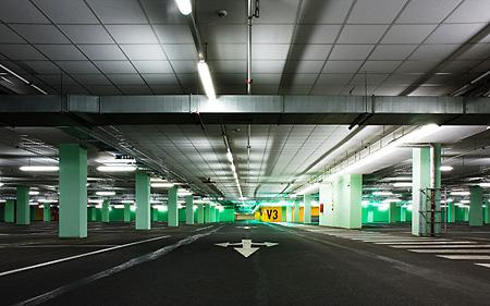 Bronislav Kropilak: Garages no.06 (2005)