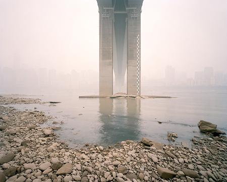 Ferit Kuyas: Jialing River, Huanghuayuan Bridge